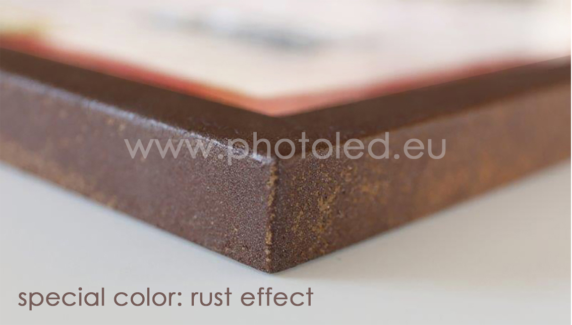Photoled effect rust frame